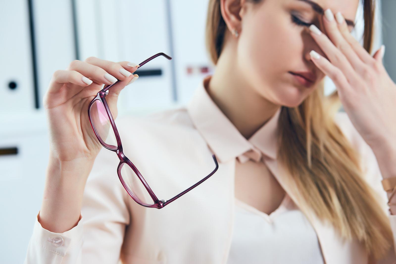 wie lange an neue brille gewöhnen